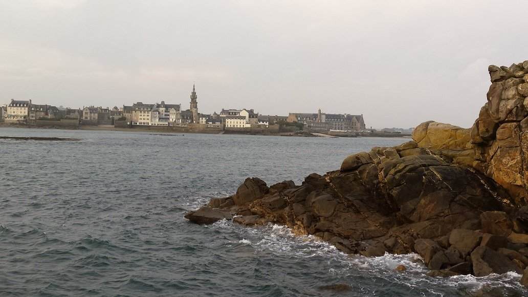 Looking toward shore from the quay. My hotel is in the middle, just right of the cathedral.